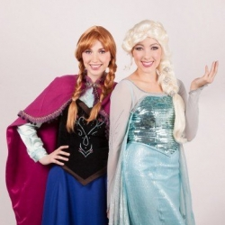 Elsa and Anna Frozen princess parties